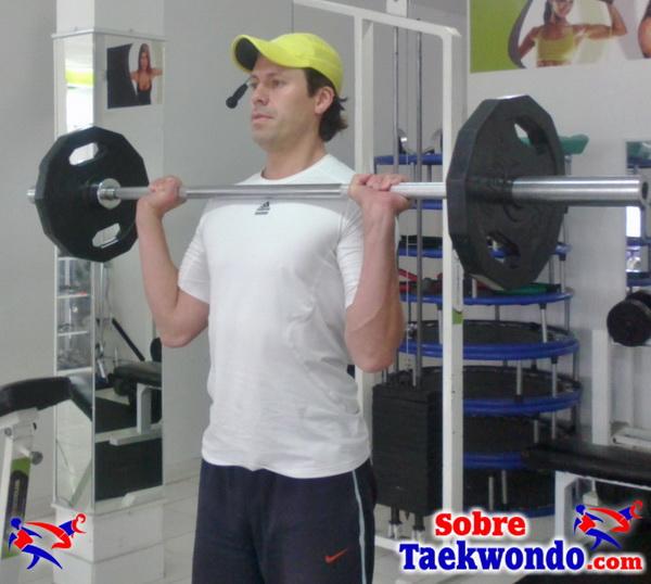 fuerza militar abajo taekwondo