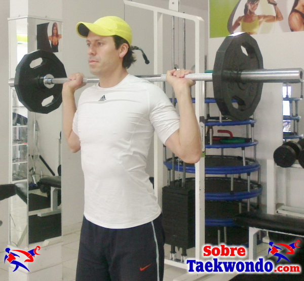 Fuerza militar nuca Entrenamiento de fuerza Taekwondo