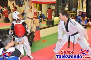 Aaron Cook Campamento de Taekwondo  (203)