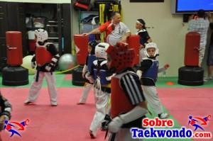 Aaron Cook Campamento de Taekwondo  (223)