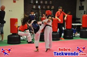 Aaron Cook Campamento de Taekwondo  (229)